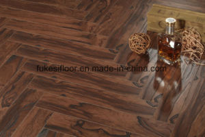 Herringbone Laminate Flooring pictures & photos