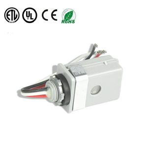 Raintight Switch ANSI C136.10 & UL773 Photocontrol Light pictures & photos