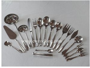 126PCS/128PCS/132PCS/143PCS/205PCS/210PCS High Class Stainless Steel Mirror Polish Tableware Flatware Cutlery Set (CW-C1011) pictures & photos