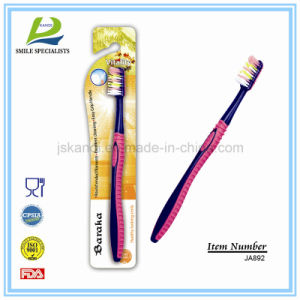 Classic and Simple Tooth Brush (323) pictures & photos