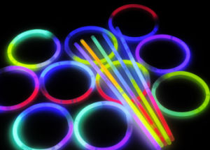 Glow Bracelet Birthday Party for Bracelet Beautiful Bracelet (SZT5200-3) pictures & photos