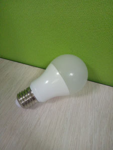 7W E27 6500k LED Lamp Bulb with Aluminum Plus PBT pictures & photos