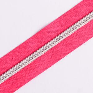 No. 5 5# Nylon Zipper Silver Teeth Long Chain pictures & photos