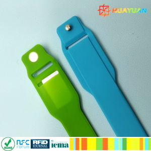 HUAYUAN! ! HIGH QUALITY RFID SILICONE WS28 WRISTBAND pictures & photos
