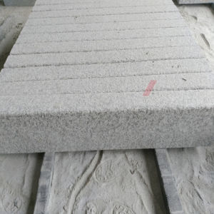 Thick Flamed Tiles for Outdoor Kerbstone/Curbstone Made of Granite pictures & photos