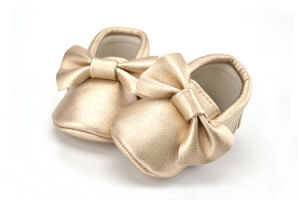 2017 Wholesale New Fashion Kids Infant Boys Girls Baby Shoes pictures & photos