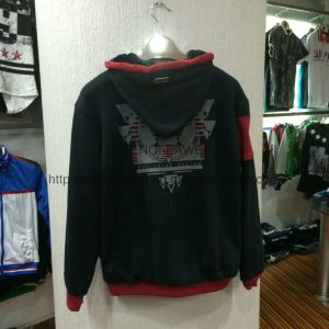 Black contrast red men′s zip-up fleece coat with zipper in adult classic coat clothes FW-8614 pictures & photos