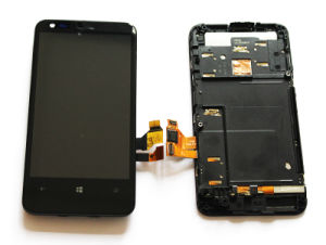Cellular Phone Touch Screen for Nokia Lumia 620 LCD Screen pictures & photos