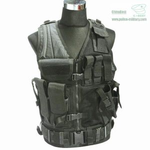 Tactical / Assault Vest Outdoor Combat Military (CB10407) pictures & photos