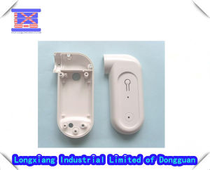 Plastic Electronic Parts/ Injection Molding pictures & photos