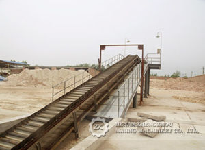 Good Performance Chain Apron Conveyor for Big Bulk Material pictures & photos