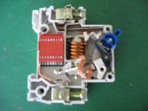 C45 mini circuit breaker DZ47 6KA pictures & photos