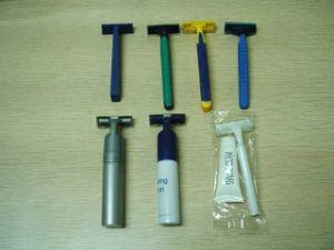 Shaving Kit & Shaving Cream (DSCF2229)
