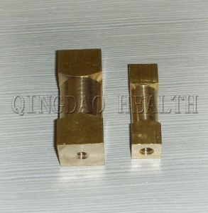 "1/2""X 1 3/4"" Brass Insert (HLTH047) pictures & photos"