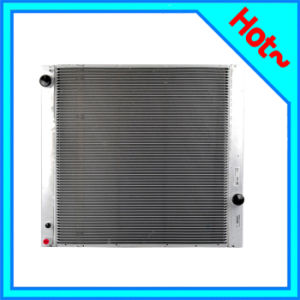 Auto Radiator for Land Rover Range Rover III 02-12 PCC000850 pictures & photos