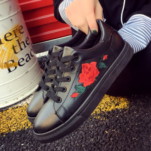Casual Shoes 2017 Female New Europe Rose White Embroidery Lace up Shoes Breathable Flat Shoe pictures & photos