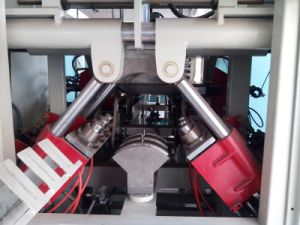 Semi-Auto Bender Bending Machine for PVC Pipe pictures & photos