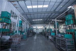 China Manufacturer High Quality Semi-Metallic Truck Brake Pad pictures & photos