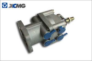 XCMG Truck Crane Qy25k-II Qy25k5-I Qy25k5a 3514CF1-020 Brake Control Valve pictures & photos
