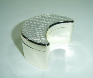 China Jewelry Box with Moon Shaped, Metal Jewelry Box pictures & photos