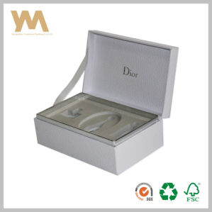 Luxury Custom Wooden Perfume Gift Packaging Box pictures & photos