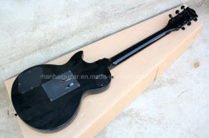 Hanhai Music / Black Lp Style Electric Guitar with Black Hardware pictures & photos