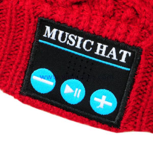 2016 Winter/Warm Rechargeable Wireless Music Bluetooth Beanie Hat/Cap for Men pictures & photos