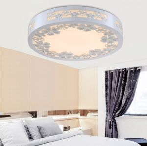 Tri-Color Dimming LED Wooden Ceiling Light pictures & photos