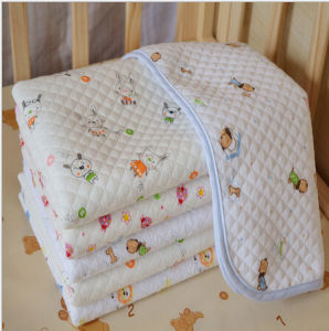 Baby Muslin Wrap Swaddle Diaper Pad pictures & photos