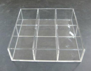 OEM New Transparent Acrylic Gift Display Stand pictures & photos