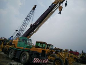 Used Kato Rough Terrain Crane, Used Japan Crane Kato Kr-25 Rough Crane for Sale pictures & photos