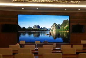 Indoor P5 High Resolution LED Display pictures & photos