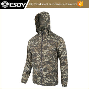 Military Tactical Men′s Hiking Camping Skin Sunscreen Clothing Apparel pictures & photos