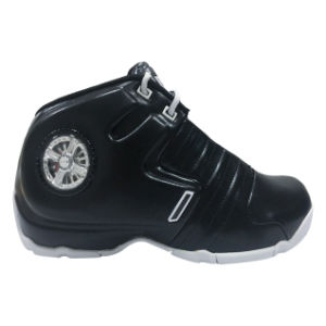 Most Popular Type of Basketball Shoes Men with Antiskid and Breathable pictures & photos