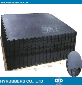 Anti Slip Black Interlock Rubber Powder Stable Mat pictures & photos