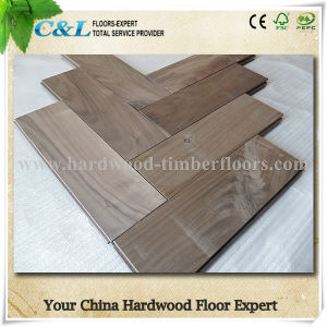 Unfinished Herringbone American Black Walnut Solid Wood Flooring pictures & photos