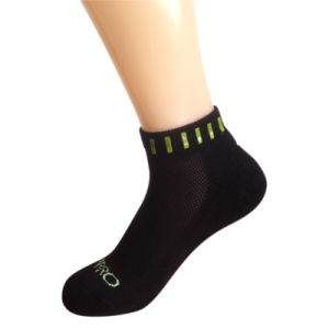 Men Women Cotton Terry Sports Socks for Running (cr-1) pictures & photos