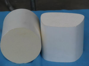 Honeycomb Ceramic Catalyst Substrate for Auto Catalytic Converter pictures & photos