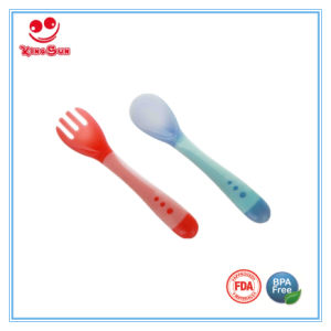 Newborn Color Changing Baby Spoon and Fork Set pictures & photos