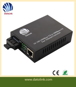 10m/100m/1000m Fiber Optic Media Converter pictures & photos