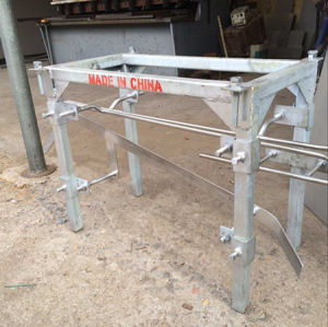 New Poultry Slaughter Machine: Hooks Unloading Machine pictures & photos