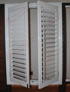 Decent Aluminum Window with Adjustable Shutters (BHA-CW58) pictures & photos