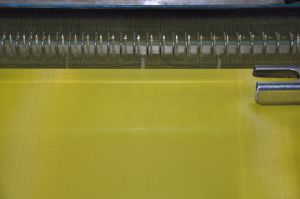 Dpp120t-31y Yellow Monofilament Polyester Screen Printing Mesh pictures & photos