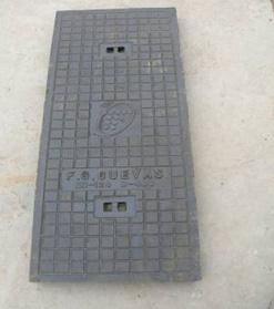 En124 D400 Ductile Iron Casting Manhole Cover Frame pictures & photos