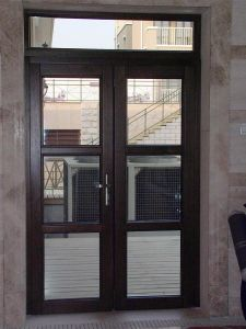 China Eropean Folding Solid Wood Partition Doors Patio