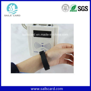 Customized Classical Woven RFID Wristbands for Concert pictures & photos