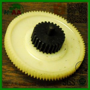 Custom Precision CNC Machined Nylon Spur Gears, Ptb Nylon Plastic Auto Spur Gears pictures & photos