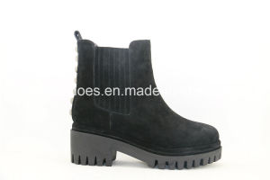Winter Warm Platform Leather Ladies Boots for Fashion Lady pictures & photos