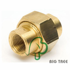 Brass Union Pipe Fitting Pipeadapter/ Brass Connector pictures & photos