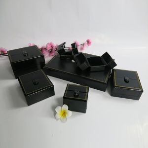 Jewelry Set Display Box with Velvet Tray Insert pictures & photos